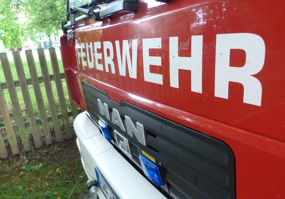 Feuerwehr rückte zu einem Einsatz in einem Altenpflegeheim aus. Symbolfoto: Kai Baltzer