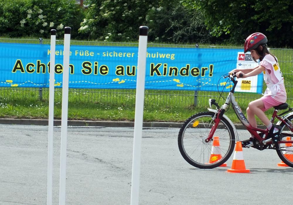Bald machen sich wieder viele Schüler auf den morgendlichen Schulweg. Foto: Achim Klaffehn