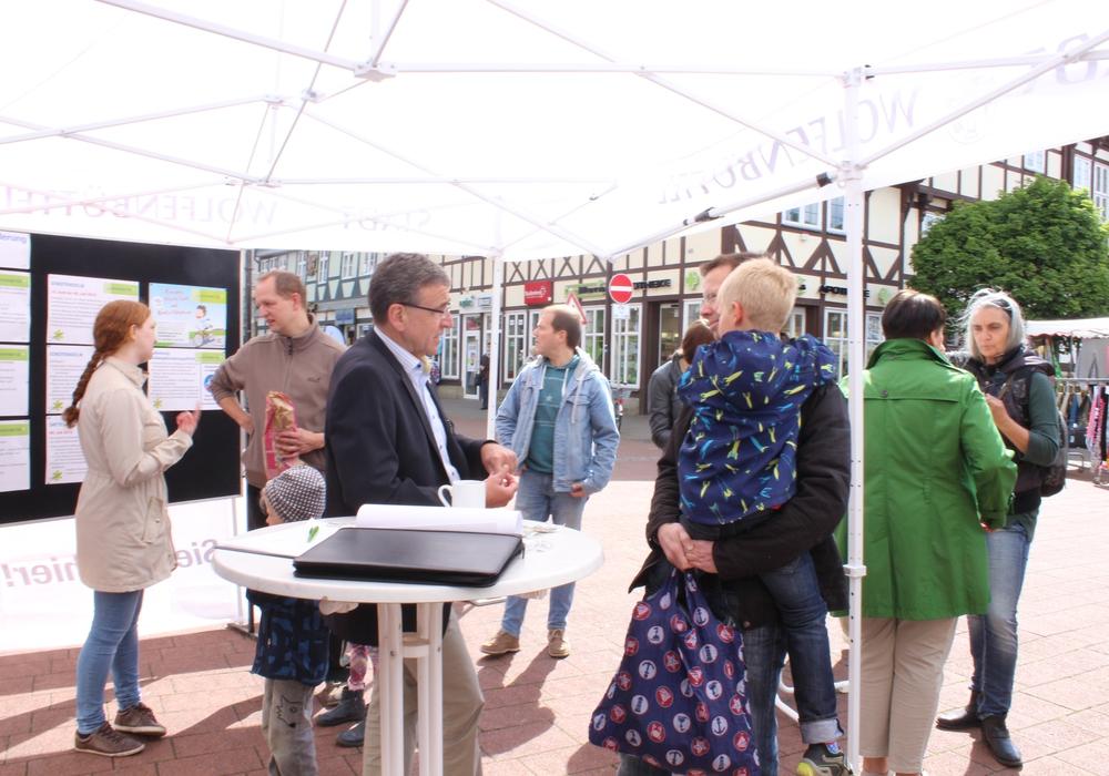Am Samstag den 13. Mai findet wieder der Infostand der Stadt statt. Foto: Anke Donner