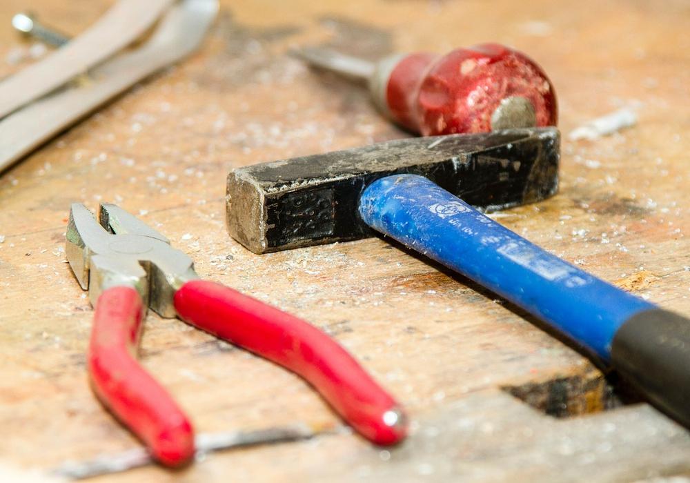 Die Schüler lernen Landmaschinen zu reparieren. Symbolfoto: pixabay