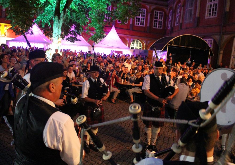 Die irische Sommernacht findet in diesem Jahr nicht unter freiem Himmel statt, sondern in der Lindenhalle. Foto: Jan Borner