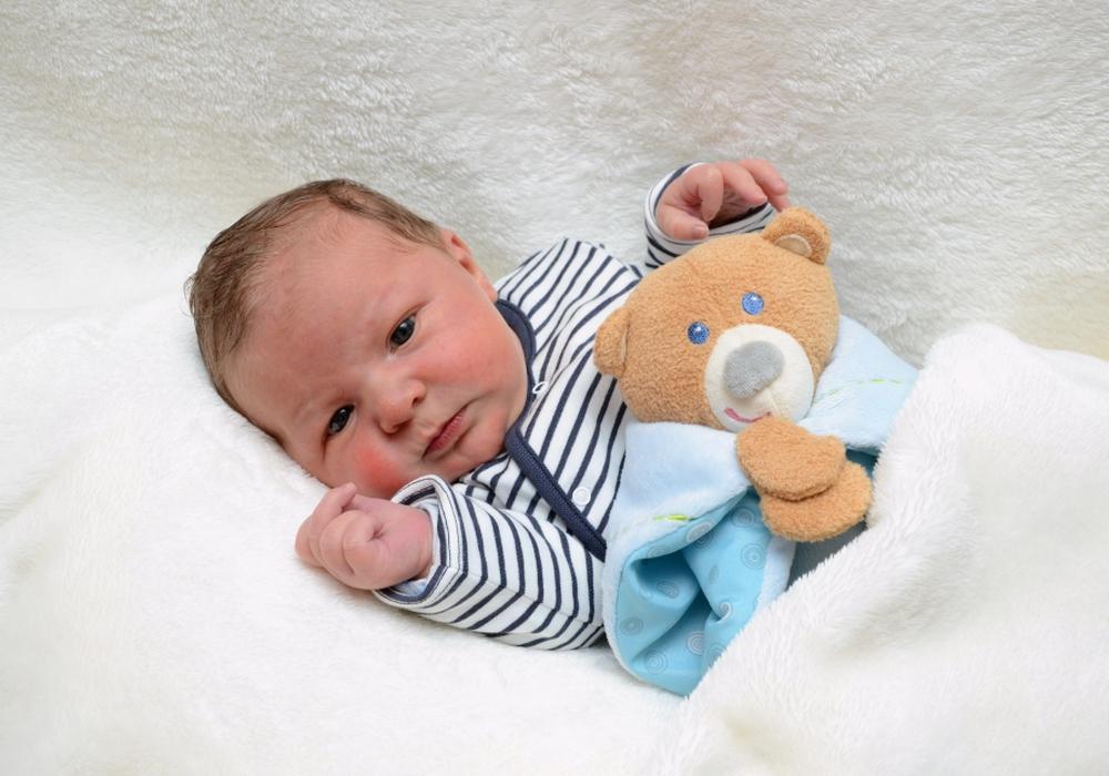 Herzlich Willkommen: Henry Lütge. Foto: babysmile24.de