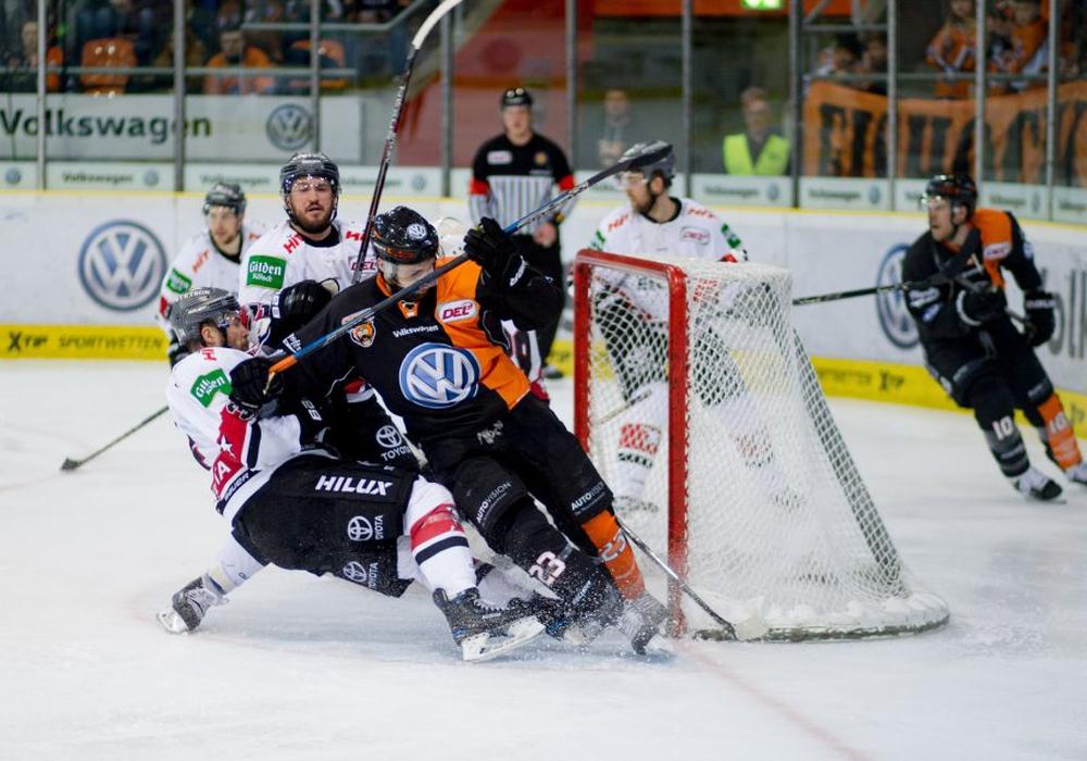 Im Vorjahr ging es im Viertelfinale gegen die Kölner Haie mit den Playoffs los. Foto: Reinelt/PresseBlen.de/Archiv