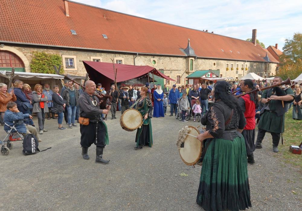 Mittelalterliches Treiben auf dem Klostergut Wöltingerode. Fotos: Rudolf Karliczek