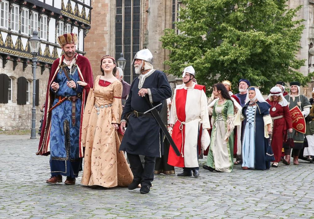 Am Pfingstmontag steht wieder der traditionelle Umzug auf dem Programm. Foto: Thomas Ostwald