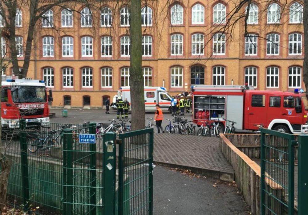 Nach dem Großeinstz an der IGS Wallstraße im Dezember hat die letzte Raumluftuntersuchung ergeben, dass keine erhöhte Schimmelpilzkonzentration mehr festzustellen ist. Foto/Video: aktuell24(BM)