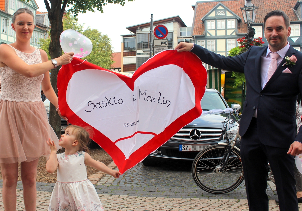 """Saskia und Martin gaben sich heute in Wolfenbüttel das """"Ja-Wort"""". Foto: Nick Wenkel"""