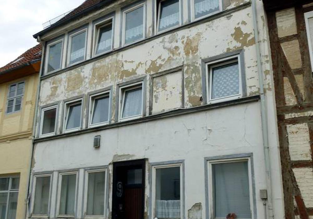Die Schuhstr. 9 vor der Sanierung. Fotos: Stadt Helmstedt
