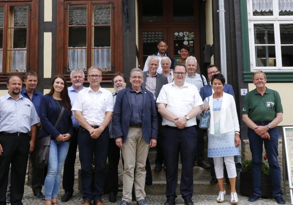 Eine Delegation aus Wolfenbüttel nahm an dem Altstadtfest in Blankenburg teil. Foto: Stadt Wolfenbüttel/raedlein