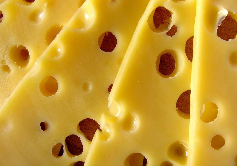 Etliche Sorten Käse von Aldi sind von einem Produktrückruf betroffen. (Symbolbild)
