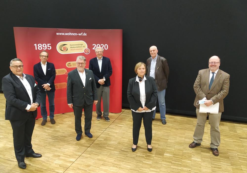 Der Aufsichtsrat und der Vorstand der Gemeinnützigen Wohnstätten eG.