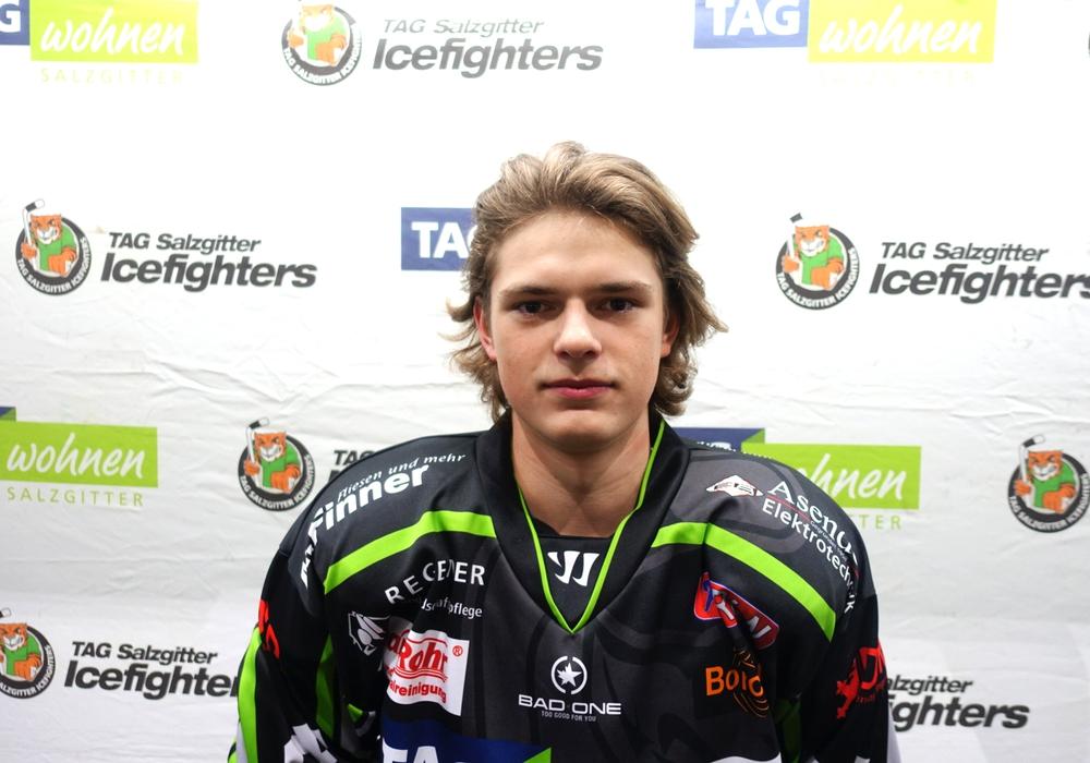 Harijs Bersevics kommt aus der Jugend in die erste Mannschaft.