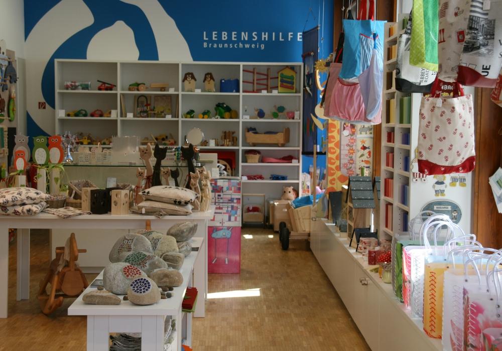 Sozial, fair und viele Produkte auch regional: Für ihren Werkstattladen sucht die Lebenshilfe Braunschweig Menschen, die Lust haben, sich ehrenamtlich zu engagieren.