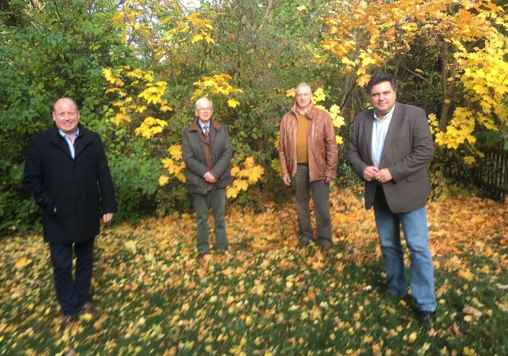 Holger Bormann, Bernd Becker, Frank Oesterhelweg, Uwe Schäfer (v.l.) tauschten sich zu Themen der Jägerschaft aus.
