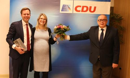 Dr. Adrian Haack mit seiner Frau Eva und dem CDU-Stadtverbandsvorsitzenden Andreas Meißler.