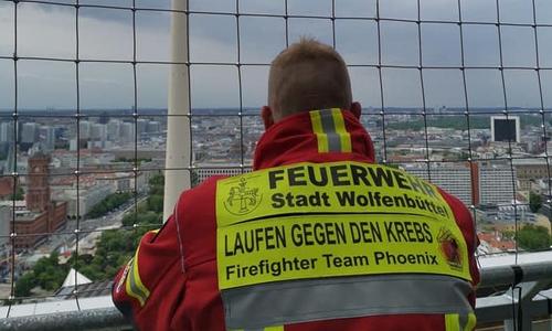 Christian Marquardt bei seinem ersten Treppenlauf in Berlin.