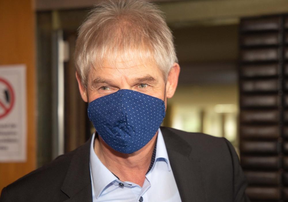 Oberbürgermeister Frank Klingebiel greift zu weiteren Maßnahmen.