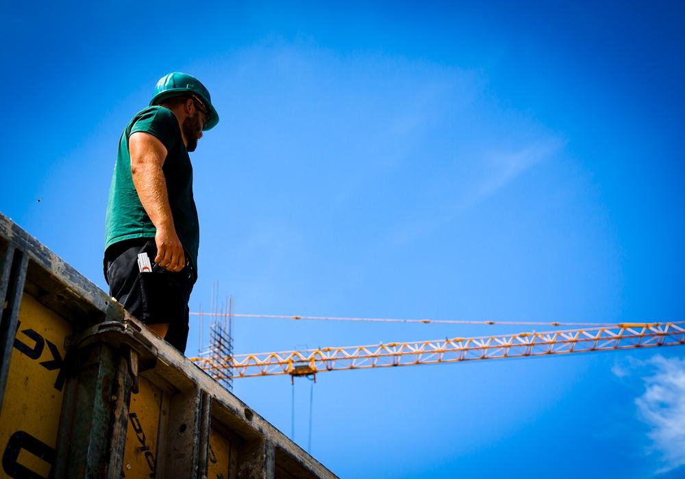 Klare Perspektive: Baubeschäftigte bekommen in den kommenden Monaten mehr Geld.