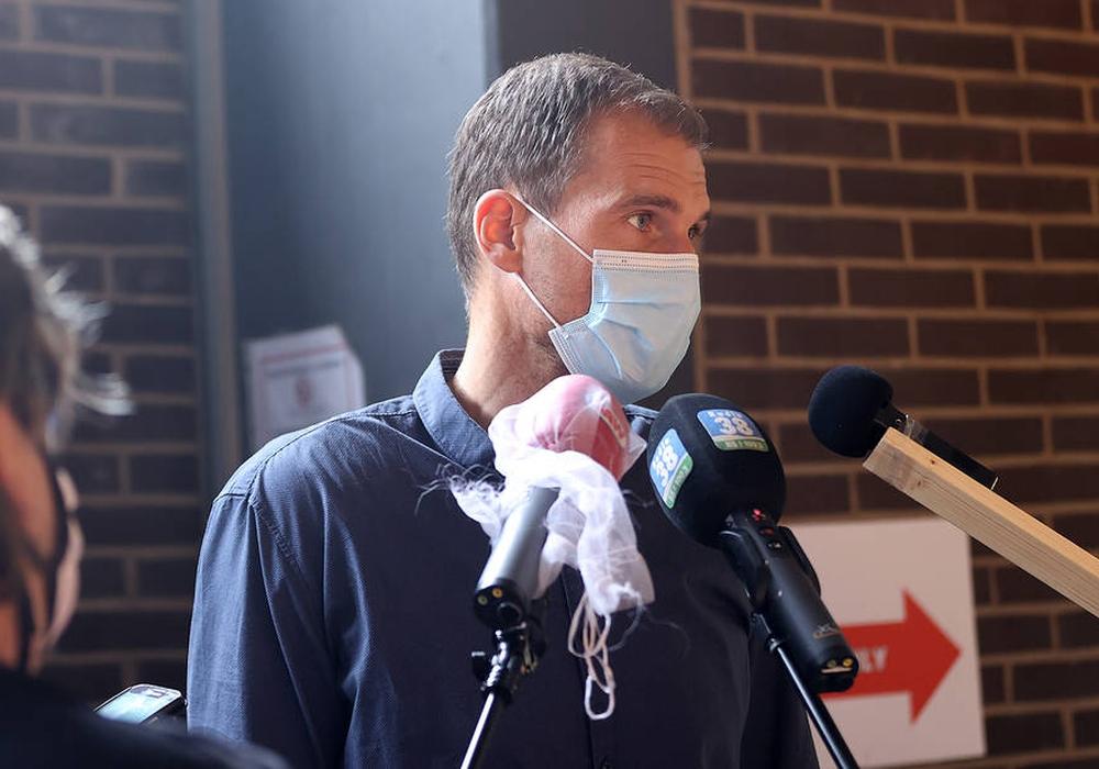 Oliver Braun im September bei einer Pressekonferenz.