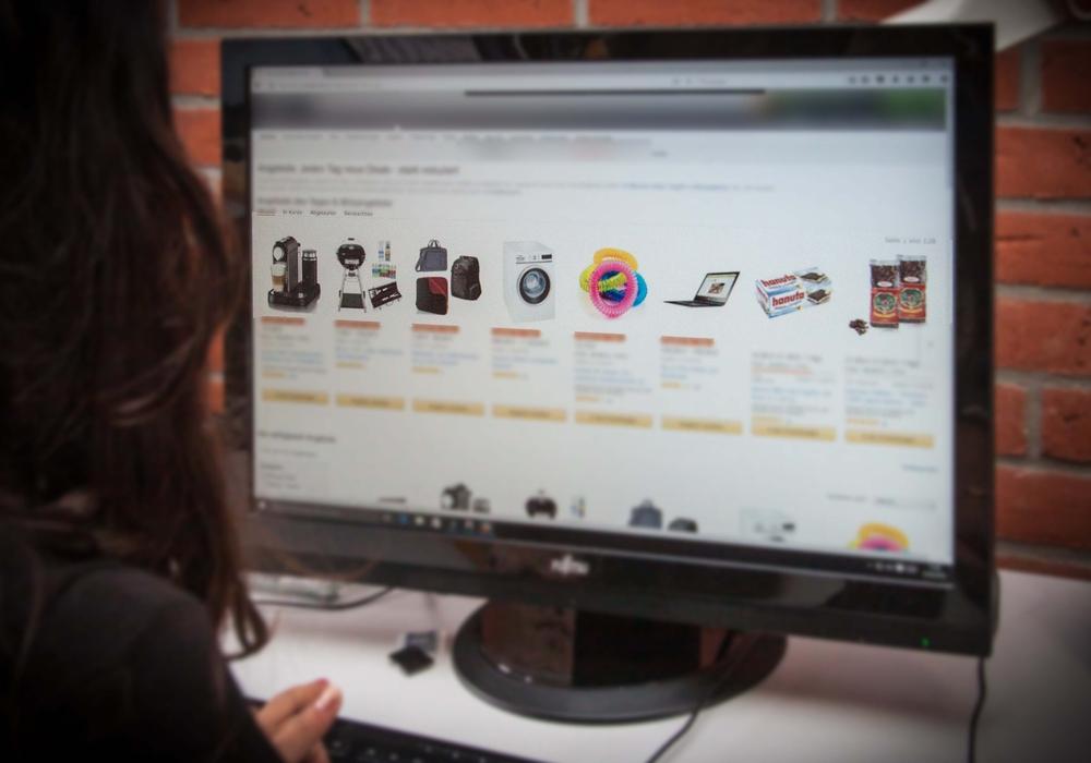 Die gefälschten Online-Shops sind für die Verbraucher auf den ersten Blick schwer zu erkennen. Symbolbild