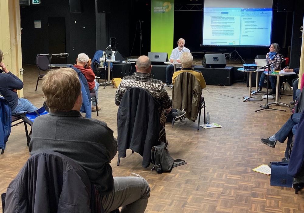Der Kreisverband der Grünen traf sich zu Mitgliederversammlung.