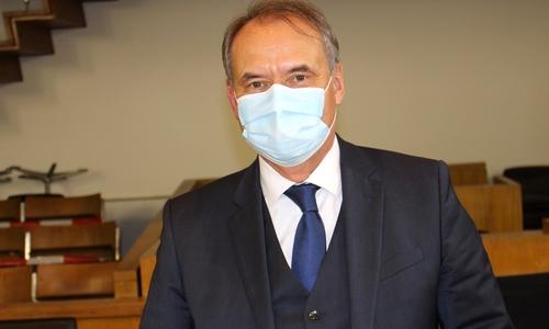 Oberbürgermeister Ulrich Markurth will schrittweise die Arztpraxen in die Impfkampagne integrieren. Bereits am kommenden Mittwoch soll ein Modellversuch starten.