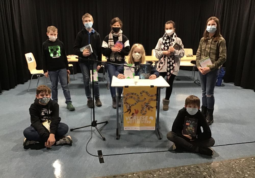 Die Teilnehmer des Vorlesewettbewerbs des Anna-Sophianeum Gymnasium