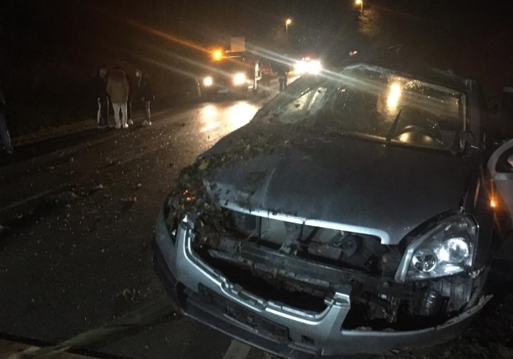 Der Nissan erlitt einen Totalschaden.