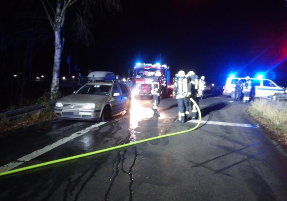 In Flechtorf drohte ein Auto in Flammen aufzugehen