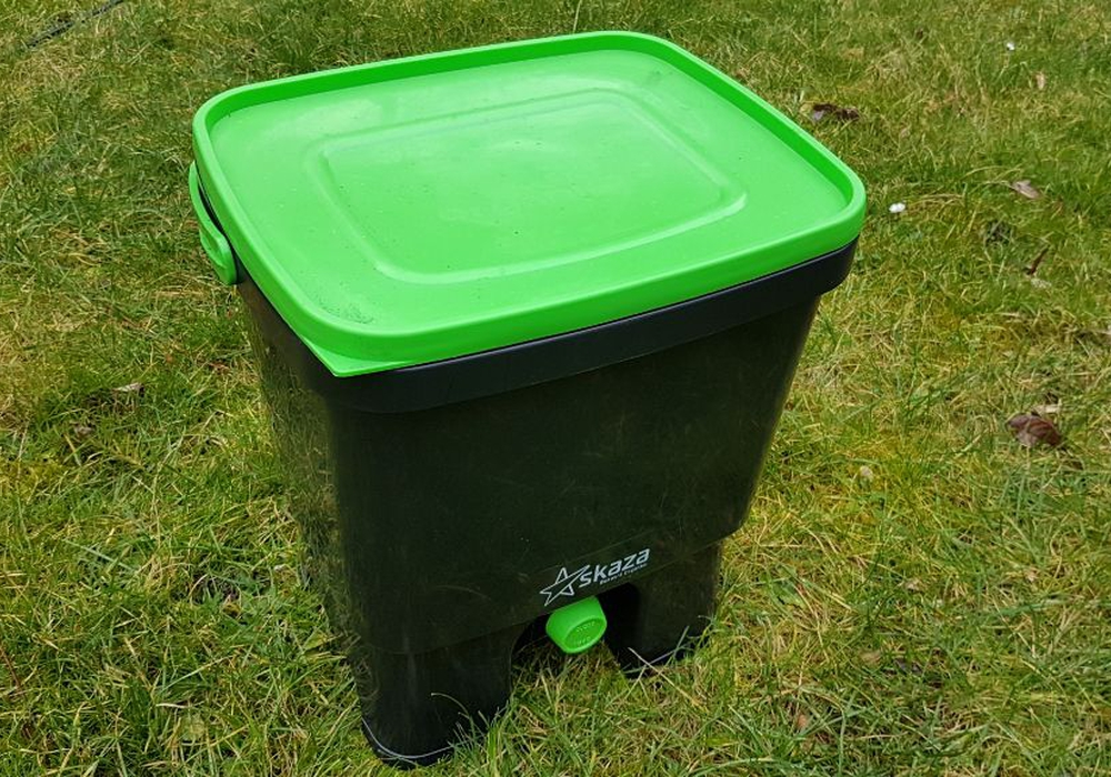 Der Bokashi Eimer - eine gute Alternative zu Kompost und Biotonne, meint unser Gartennerd.