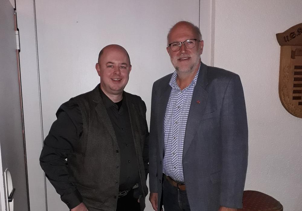 Boris Jülge, Vorsitzender der SPD Gifhorn Kernstadt und Detlef Tanke, Leiter des Regionalverbandes Braunschweig.