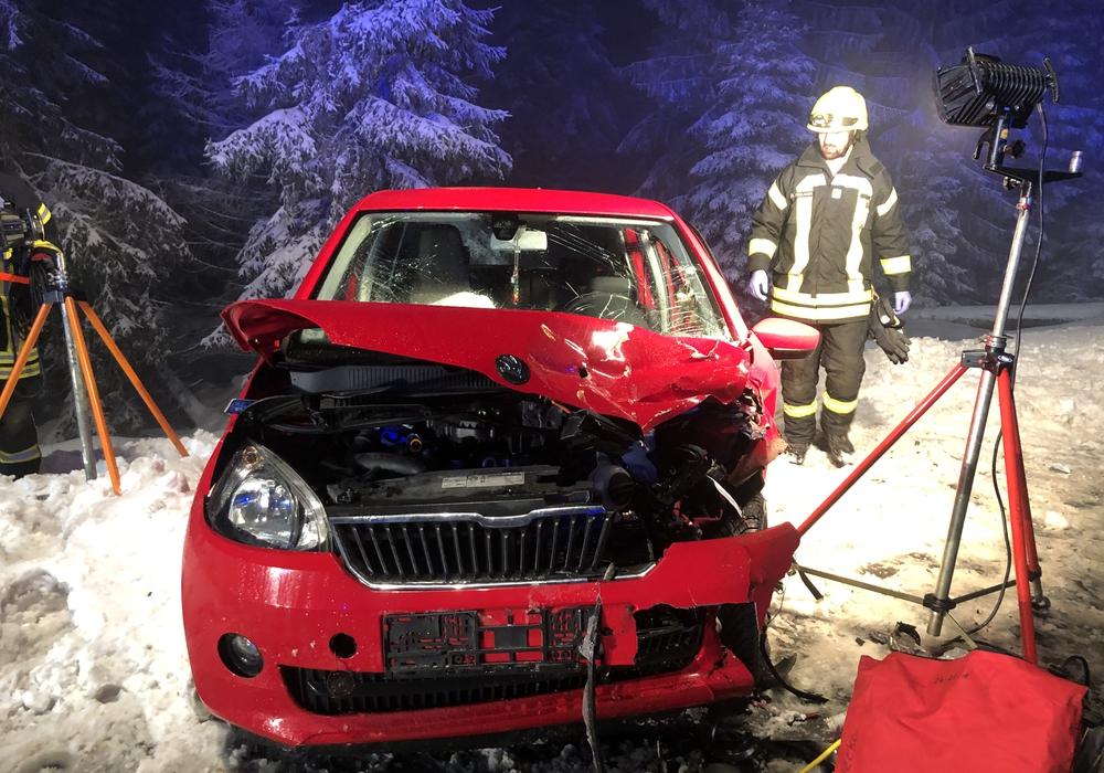 An beiden Autos entstand ein wirtschaftlicher Totalschaden.