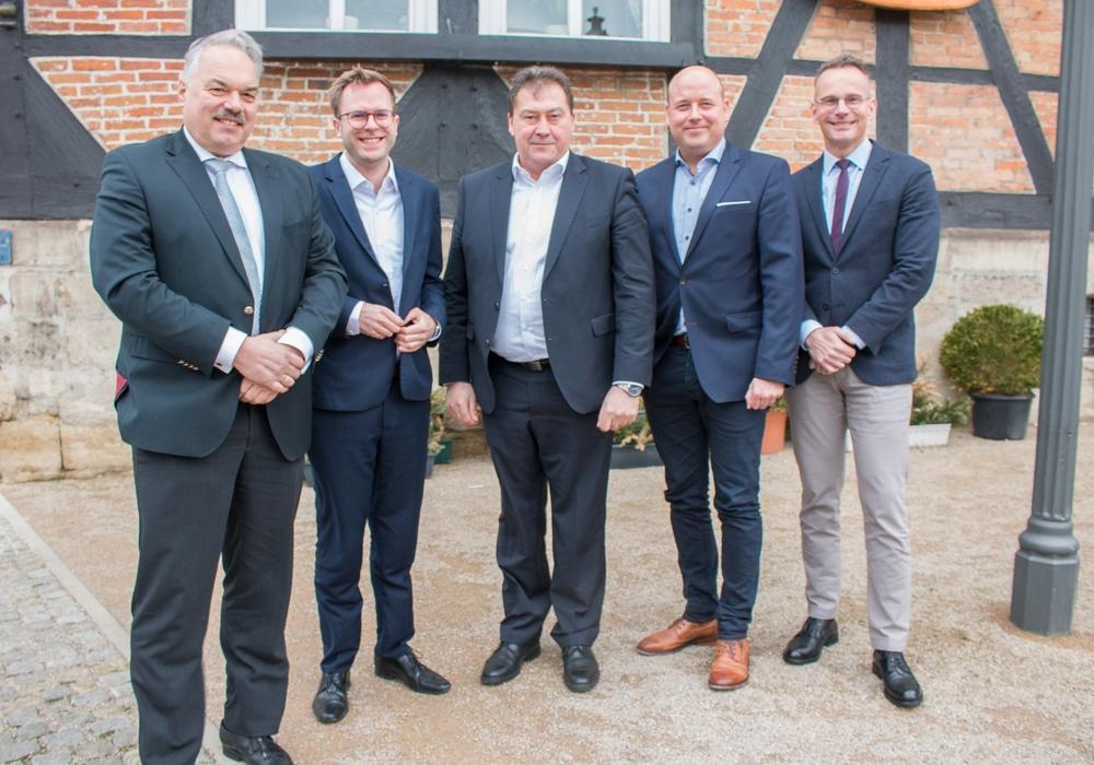 Diese Männer wollen für die CDU im Wahlkreis 49 in den Bundestag. (v.l.n.r.) Dr. Albrecht Stalmann, Dr. Adrian Haack, Uwe Lagosky, Holger Bormann und Maik Schenkhut.