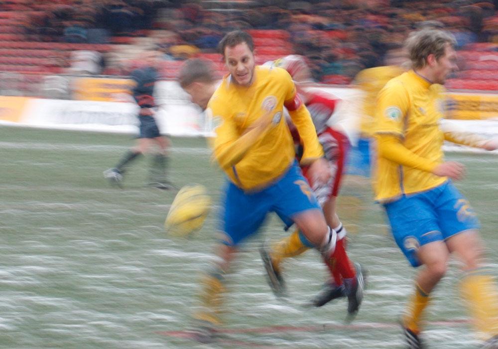 Nebulös: Im März 2010 war Löwenkapitän Dennis Brinkmann von heute auf morgen weg.