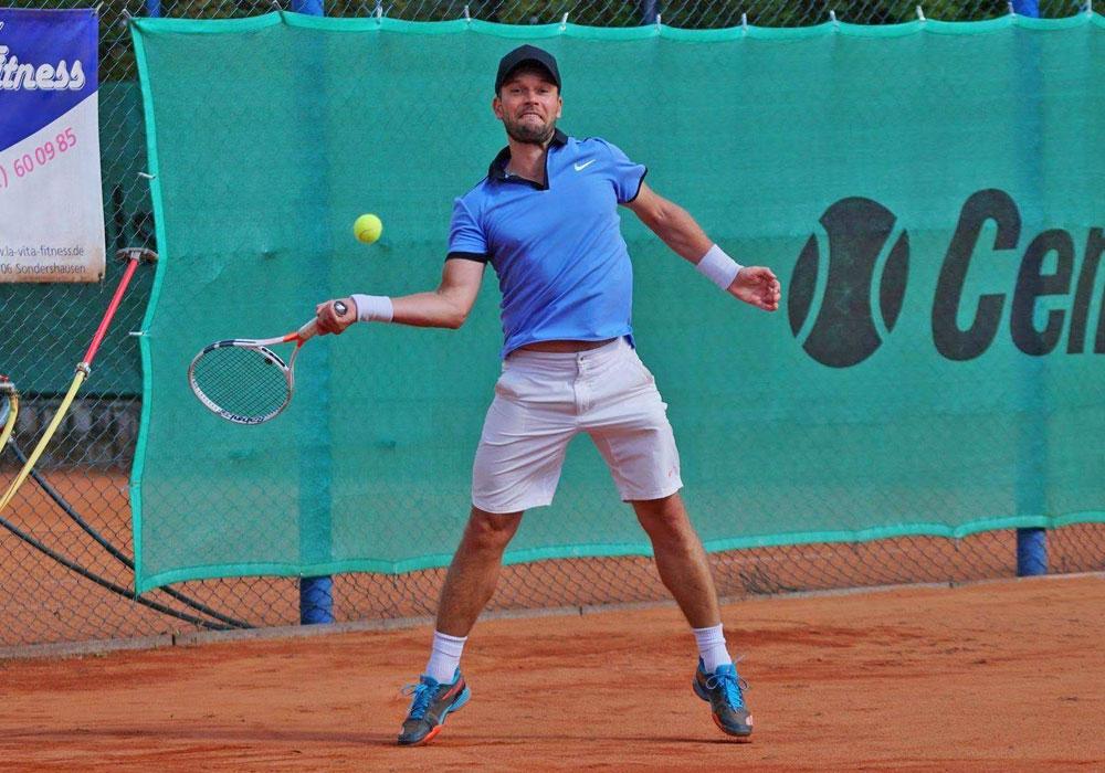 Timour Dick wurde Vizemeister bei den offenen Nordostdeutschen-Meisterschaften der Herren Ü30.