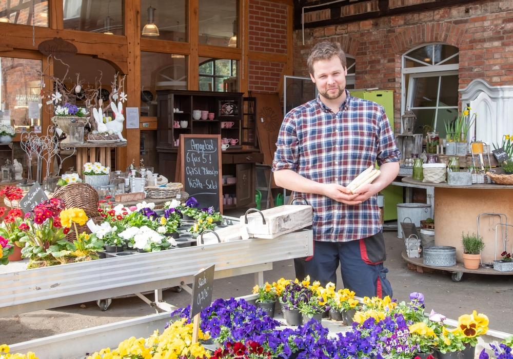 Olaf Puls, Geschäftsführer von Papes Gemüsegarten freut sich über die große Hilfsbereitschaft aus der Region.