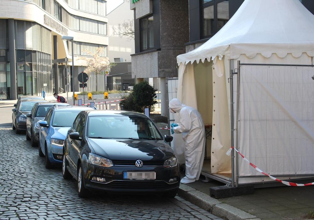Das Testzentrum der Kassenärztlichen Vereinigung in Braunschweig hat wieder geöffnet.