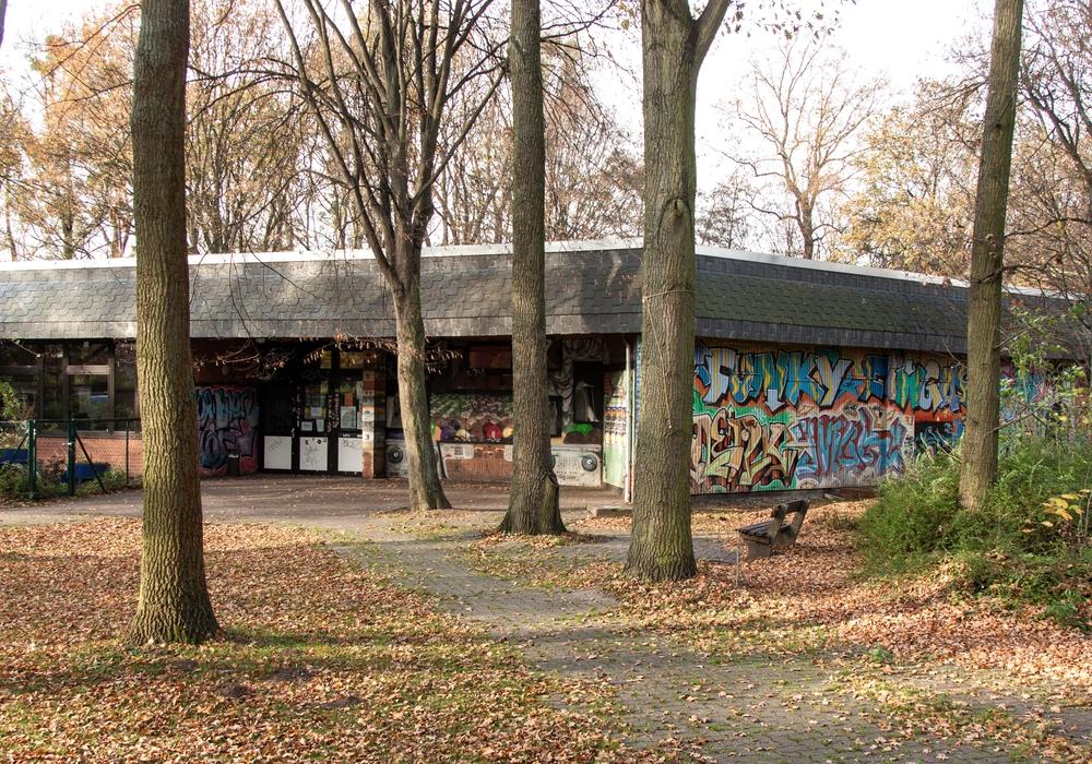 Das Jugendzentrum am Forellenweg darf somit auch am Montag wieder öffnen.