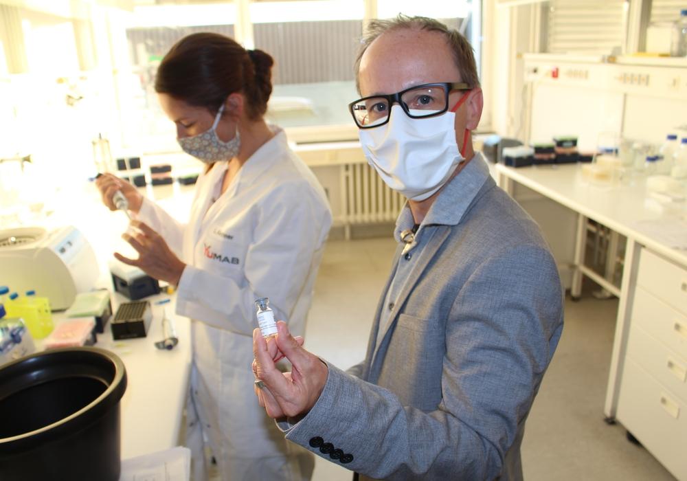 Im YUMAB-Labor wurde nach dem passenden Antikörper gesucht.
