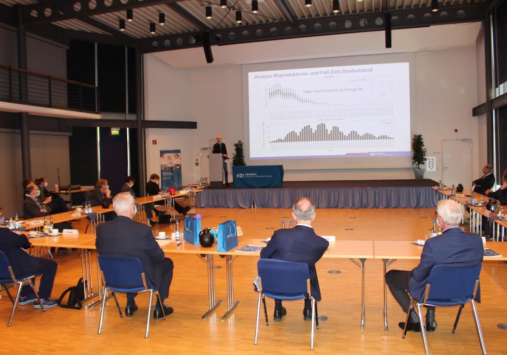 Michael Meyer-Hermann bei einer Präsentation in Braunschweig (Archivbild)