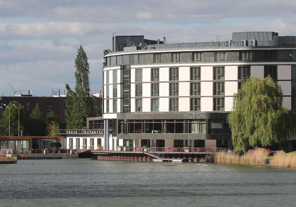 Das Ritz Carlton in Wolfsburg ist derzeit das Quarantänelager des VfL Wolfsburg.