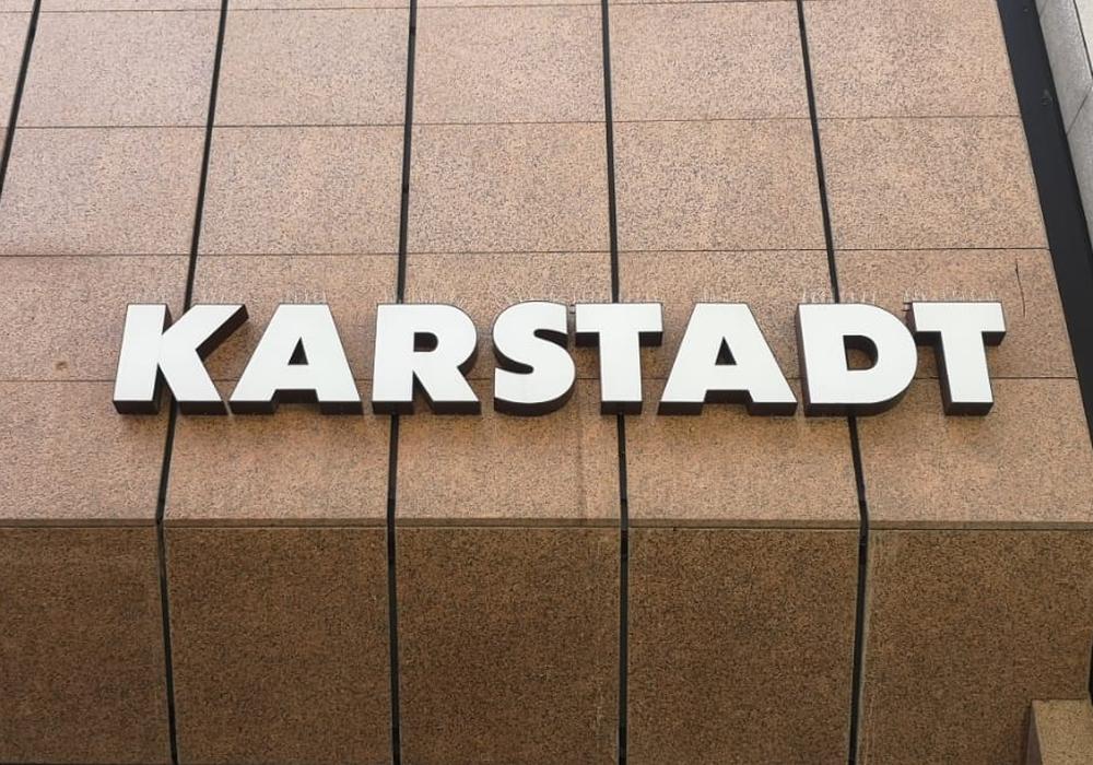 Schließungswelle bei Karstadt: Auch den Sportgeschäften Karstadt Sports geht es an den Kragen.