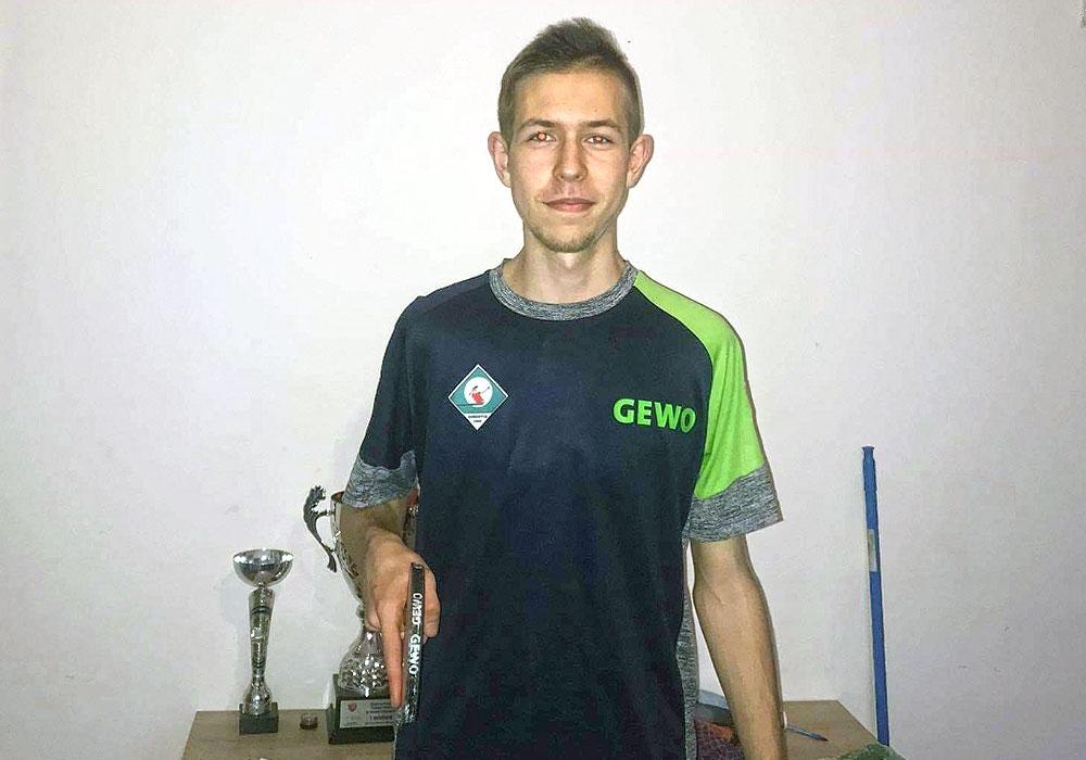 Toptalent Michal Kuzbinski schließt sich dem TSV an.