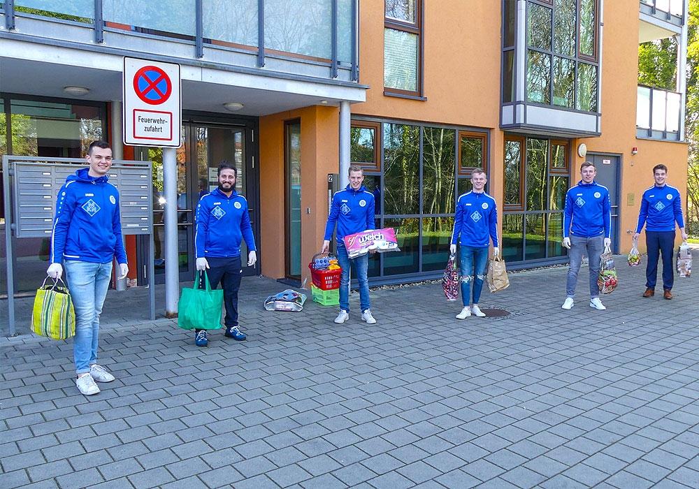 Die Einkaufshelden der 1. Herren des BV Germania Wolfenbüttel beenden vorerst das soziale Engagement für die Senioren der betreuten Wohneinrichtungen Amalie-Sieveking und AWO.