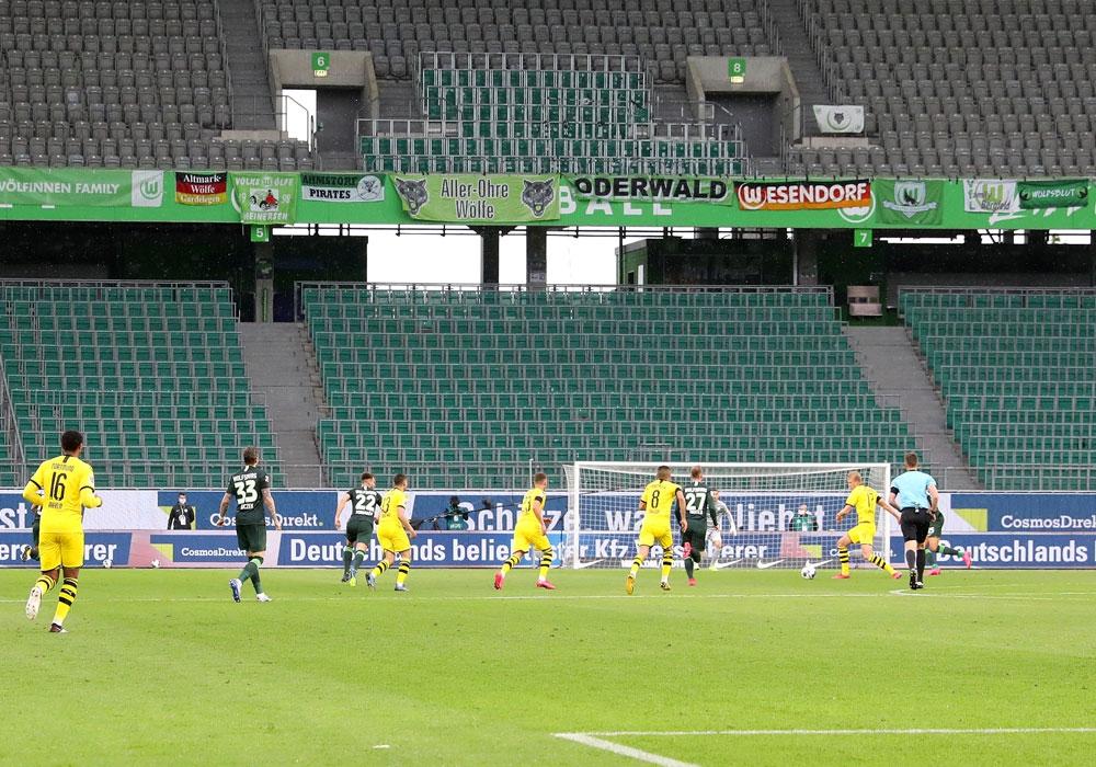 Der VfL hat seine Partnerschaft mit CosmosDirekt verlängert.