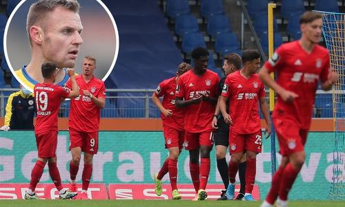 Für Bernd Nehrig (kleines Bild) wäre mehr gegen die U23 der Bayern drin gewesen.