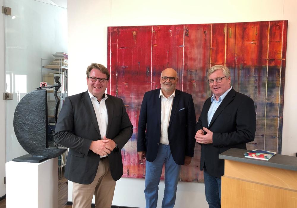 (v.l.n.r.): Carsten Müller; Olaf Jaeschke (Galerie Jaeschke – Vorsitzender des Einzelhandelsverbandes Braunschweig), Dr. Bernd Althusmann.