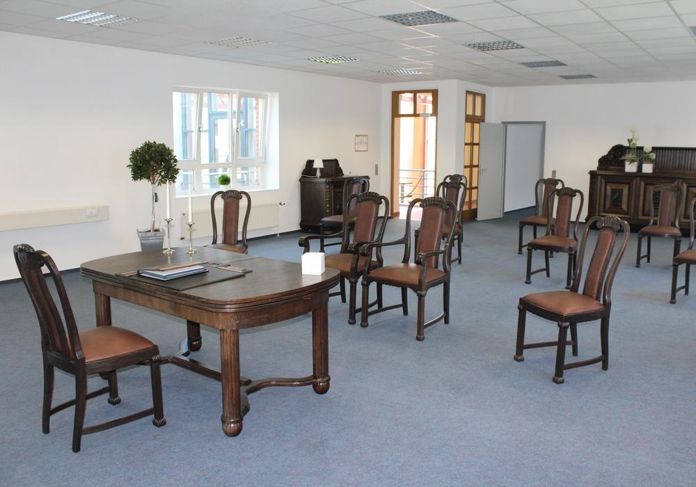Das neue Trauzimmer mit den Originalmöbeln aus der Jugendstilvilla bietet eine besondere Atmosphäre.