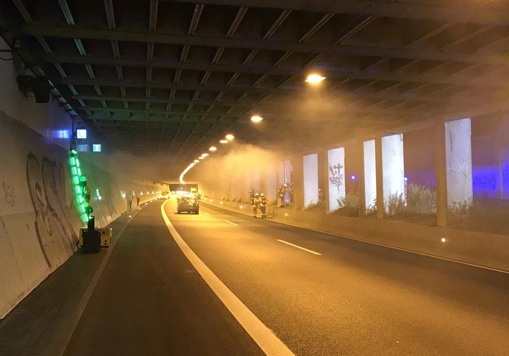 Laut Übungsszenario habe im Tunnel ein Auto gebrannt.