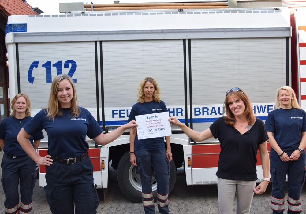 Miriam Grünhäuser, Christine Periard, Susanne Bollonia, Stefanie Gölling und Nicole Diedrich (v. li.).